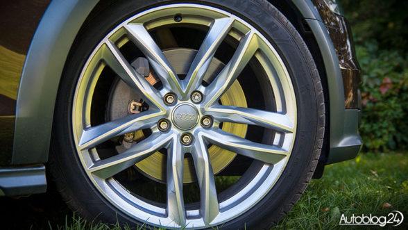 Pięcioramienne felgi w Audi A6 Allroad (2016)