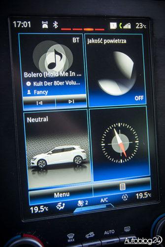 """Renault Megane GT - ekran LCD o rozmiarze 8,7"""""""