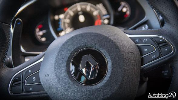 Renault Megane GT - sportowa kierownica, świetnie leży w dłoni