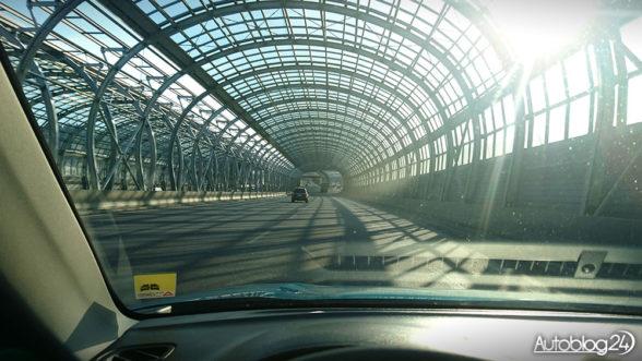 Trasa Toruńska - szklane tunele robią ogromne wrażenie