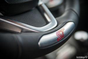 Ford Fiesta ST200 - środek 02