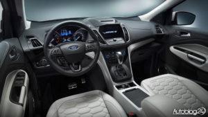Ford Kuga Vignale - wnętrze najbardziej luksusowej wersji