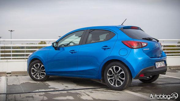 Mazda 2 z 2016 roku