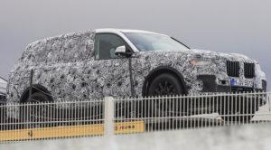 BMW X7 (2018) – zdjęcia szpiegowskie. Największy, 7-miejscowy SUV Bawarczyków już w fazie testów