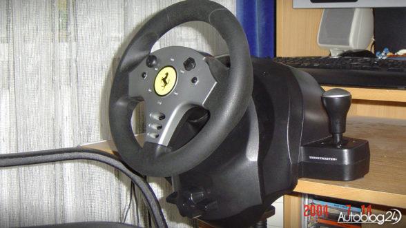 Kierownica na PC - mocowanie do biurka