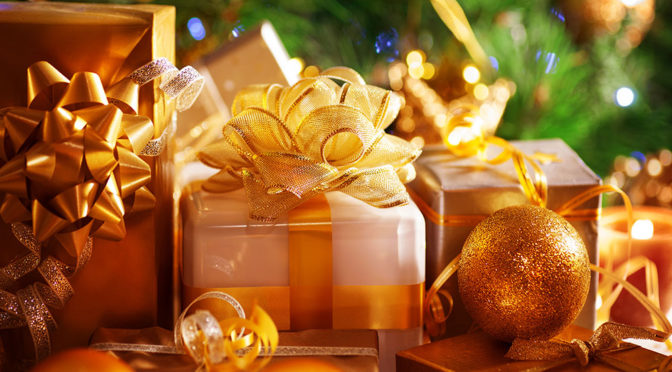 Pomysły na prezenty na Święta dla fanów motoryzacji - 6 propozycji