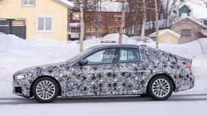 BMW Seria 6 Gran Turismo 2018 - bok