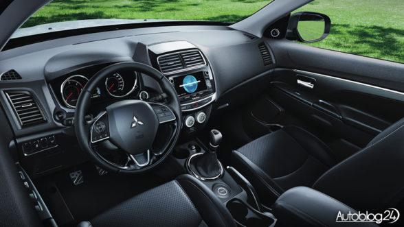 Mitsubishi ASX 2017 - wnętrze