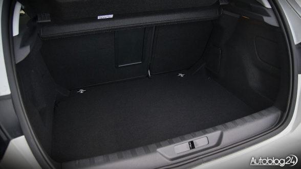 Peugeot 308 - bagażnik wersji hatchback