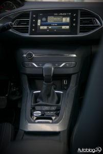 Peugeot 308 - galeria (środek) - 03
