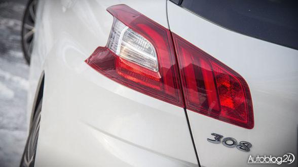 Peugeot 308 - światła tylne w technologii LED