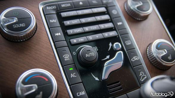 Volvo XC60 - ergonomia kabiny i przyciski