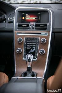 Volvo XC60 galeria środek - 03