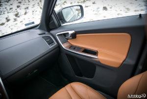 Volvo XC60 galeria środek - 04