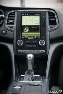Renault Megane GrandCoupe - środek - 03