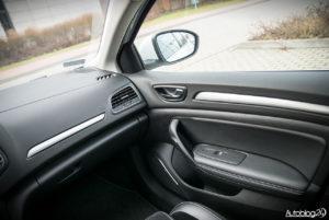 Renault Megane GrandCoupe - środek - 04