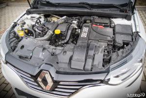 Renault Megane GrandCoupe - środek - 15