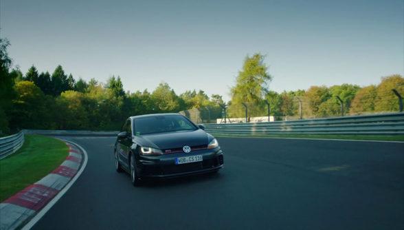Volkswagen Golf GTI na torze Nurburgring