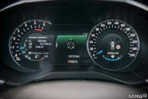 Ford Edge Sport - środek - 08