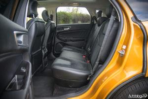 Ford Edge Sport - środek - 16