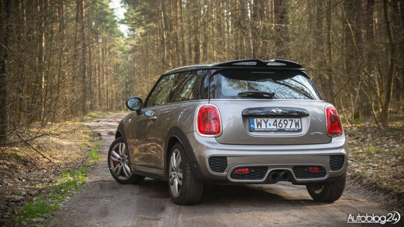 MINI John Cooper Works - test na Mazurach