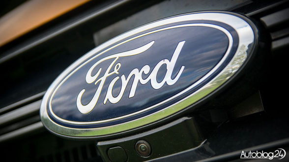 Ford - niebieski owal