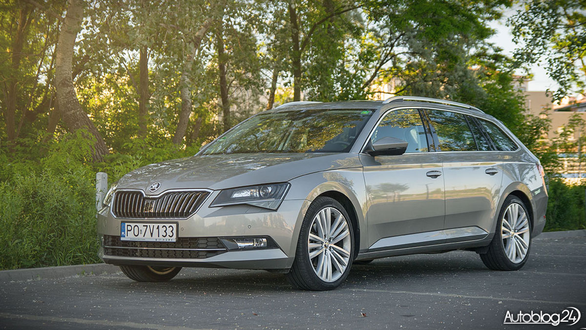 skoda superb combi style 2 0 tdi 190 km dsg 4x4 test. Black Bedroom Furniture Sets. Home Design Ideas