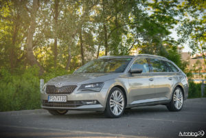 Skoda Superb kombi - 09