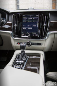 Volvo S90 - środek - 02