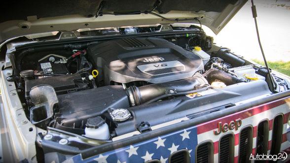 Jeep Wrangler - mocny silnik V6
