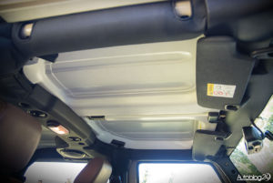 Jeep Wrangler - środek - 12