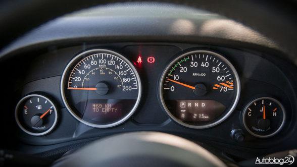 Jeep Wrangler - zegary