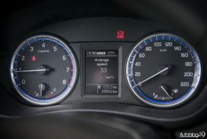 Suzuki SX4 S-Cross - środek - 06
