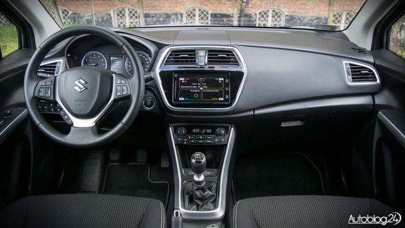 Suzuki SX4 S-Cross - wnętrze