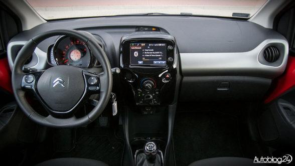 Citroen C1 - wnętrze samochodu