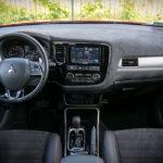 Mitsubishi Outlander - środek - 01