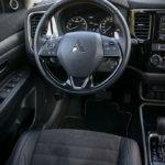 Mitsubishi Outlander - środek - 02