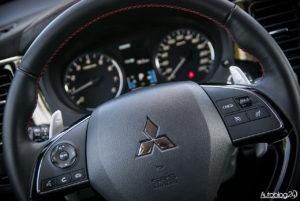 Mitsubishi Outlander - środek - 05