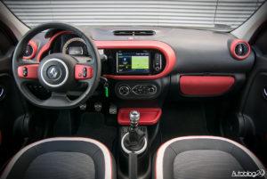 Renault Twingo - środek - 01