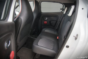 Renault Twingo - środek - 13