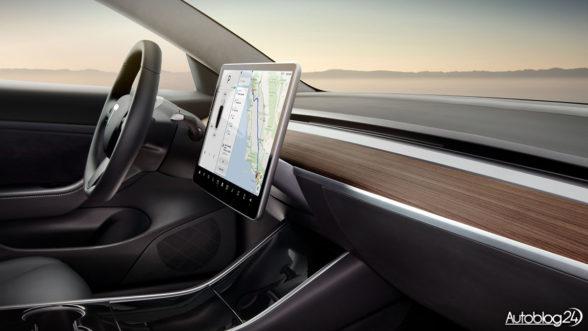 Tesla Model 3 - ekran LCD