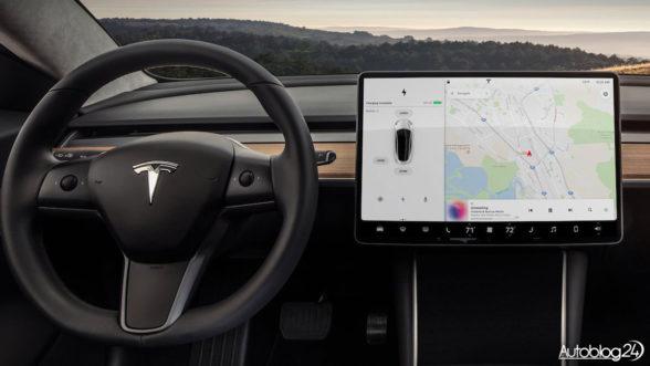 Tesla Model 3 - kierownica