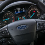 Ford Kuga - środek - 05