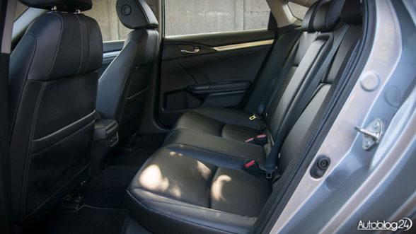 Honda Civic 10 - tylna kanapa