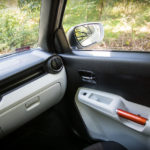 Suzuki Ignis - środek - 04