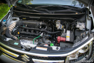 Suzuki Ignis - środek - 13