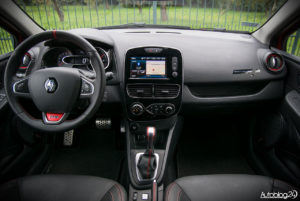 Renault Clio RS - środek - 01