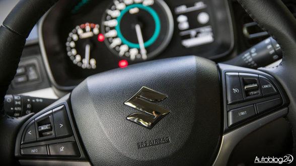 Suzuki Ignis - kierownica