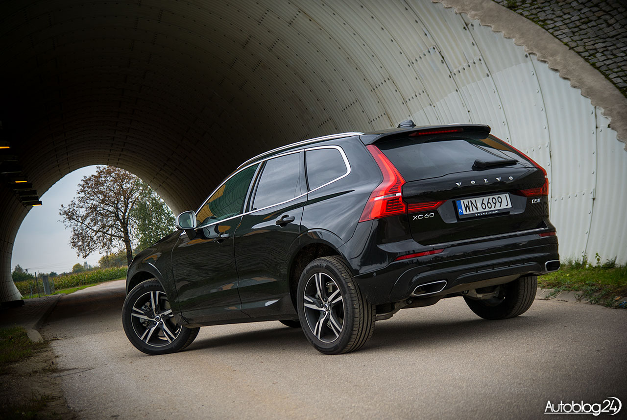 volvo xc60 r design d5 awd geartronic suv 39 owa ekstraklasa. Black Bedroom Furniture Sets. Home Design Ideas