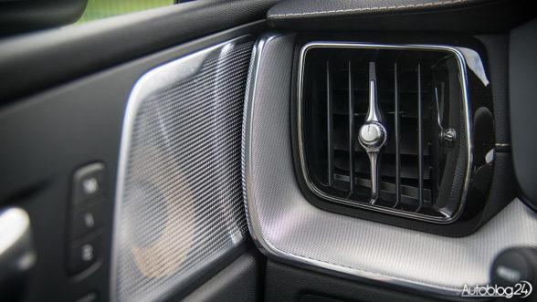 Volvo XC60 - elementy premium